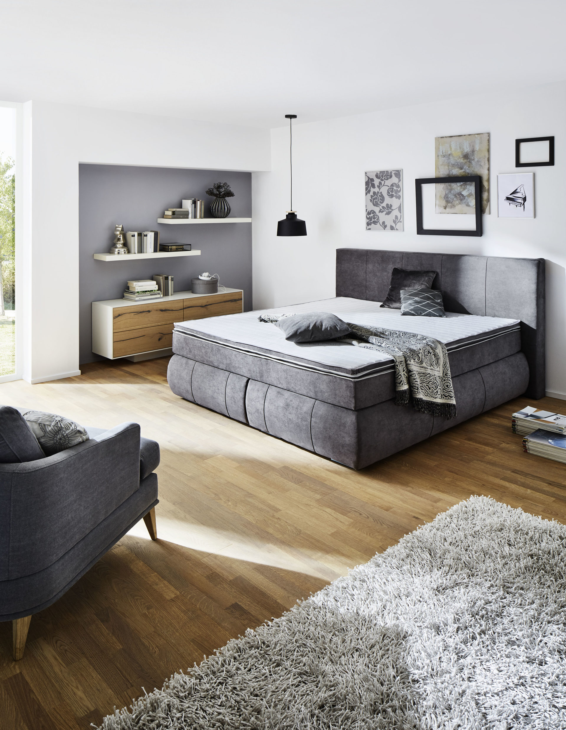 Schlafzimmer mit boxspringbett  Trop Möbelabholmarkt GmbH | Räume | Schlafzimmer | Boxspringbetten ...